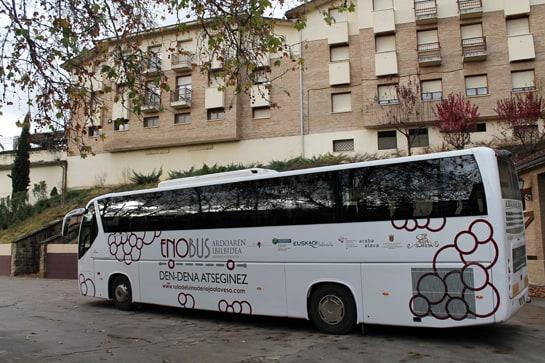 El Enobús recorre los sábados la comarca de Rioja Alavesa