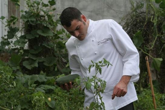 El gallego Iago Castrillón ha sido elegido cocinero revelación de 2013 por su trabajo en Acio