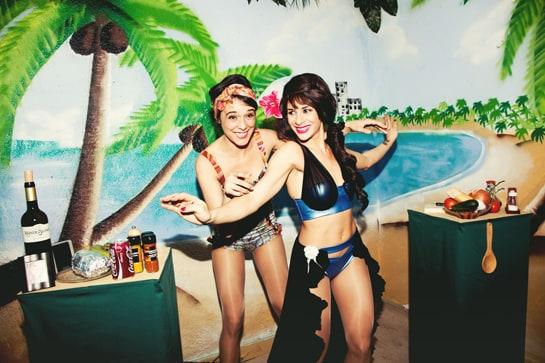 'Miss Fogones Universal' se desarrolla en una playa de Acapulco