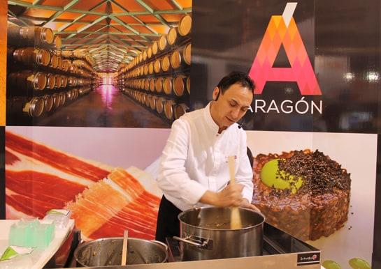 Un arroz con trufa,  protagonista del showcooking en el stand de Aragón
