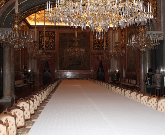 El comedor real acoge banquetes de gala con reyes y jefes de Estado