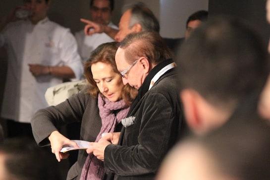 Lourdes Plana y José Carlos Capel, pendientes de que todo salga bien.