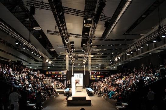 El auditorio era este año como un valle, con dos vertientes