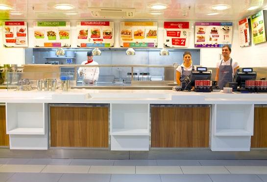 Los Vipsmart ofrecen un servicio de comida rápida con la calidad de los productos Vips