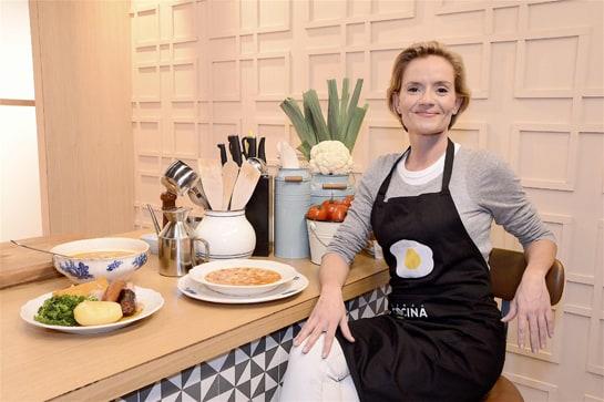 La cocinera Rosa Pertierra dirige el programa de Canal Cocina 'De cuchara'