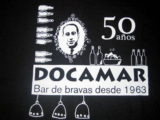 Cartel del 50 aniversario del bar Docamar / Foto: Juan Carlos Morales