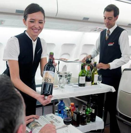 Los clientes Business de Iberia pueden degustar los mejores vinos españoles a bordo o en la sala VIP de la T-4