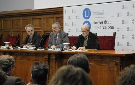 Ferran Adrià (izquierda), durante la presentación. /Foto: UB