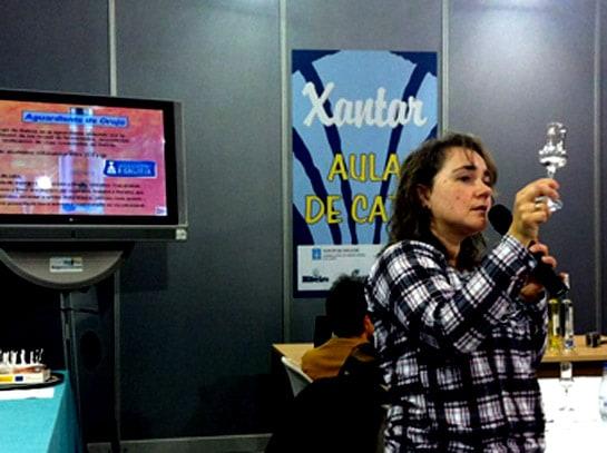 Carmen Otero, secretaria del Consejo Regulador de Aguardientes y Licores Tracionales de Galicia, en Xantar 2013.