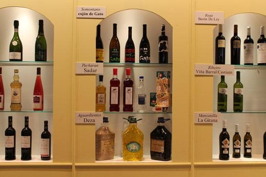 Exposición de vinos y licores gourmet / Juan Carlos Morales