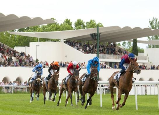 El Hipódromo de La Zarzuela acoge en junio las carreras más esperadas del año