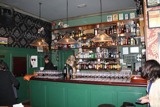 El día de San Bar-Tolo se convertirá en una fiesta en todos los bares / JC Morales