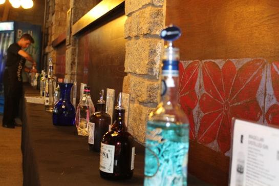 El túnel de catas acoge un centenar de ginebras exclusivas / JC Morales