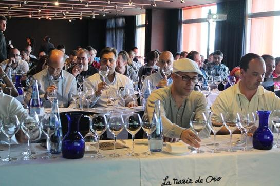 Los sumilleres finalistas fueron jurado de Los Mejores Vinos de España 2013 / JC Morales