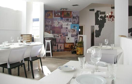 Imagen del salón del restaurante de Alpedrete (Madrid) galardonado. /Ag