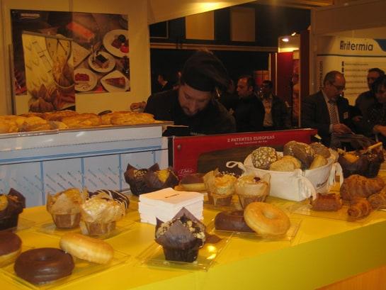 Los dulces envasados también aumentan su consumo / JC Morales