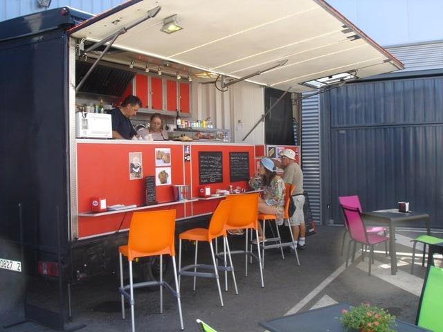 Exterior del camión de El Perrito Cervecero. /Ag