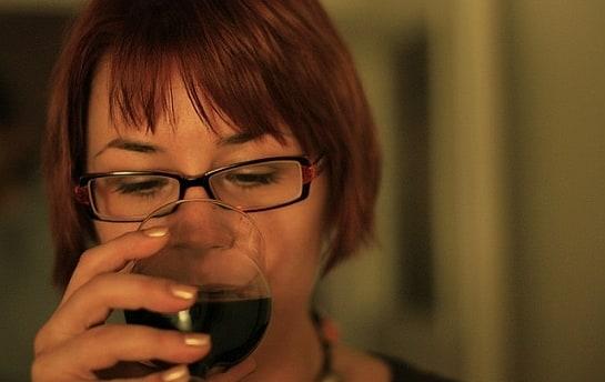 Apenas la mitad de los jóvenes españoles bebe vino. /Foto: D. Mich