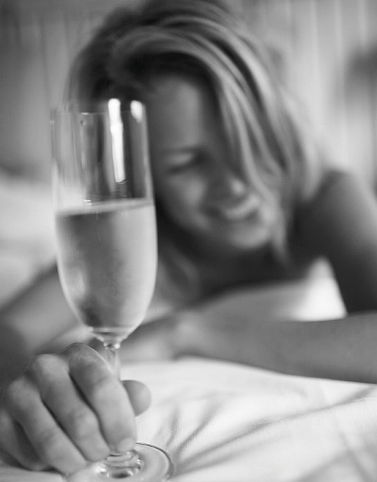 Siempre es buen momento para degustar un buen champagne / Foto: Angavallen