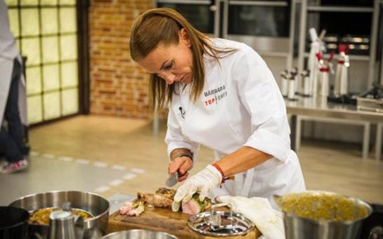 En plena faena con el cuchillo durante una competición. /Antena3.com