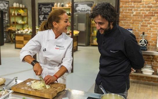 Con el chef Diego Guerrero, que propuso a los concursantes que crearan un trampantojo. /Antena3.com