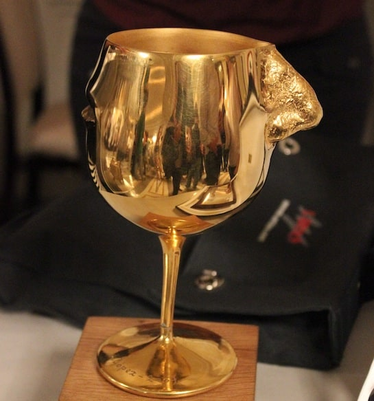 El trofeo de La Nariz de Oro es una escultura de Antonio López