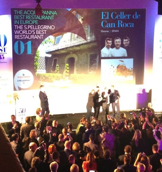 Momento de la entrega del premio a los hermanos Roca / Foto:Restaurant