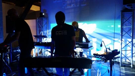 Música electro-techno en la Noche del Vino / Juan C. Morales
